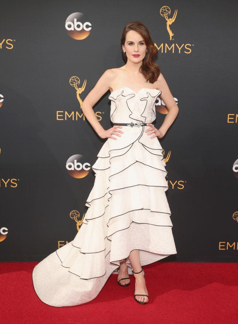 Michelle Dockery in sexy party women dresses Emmy 2016