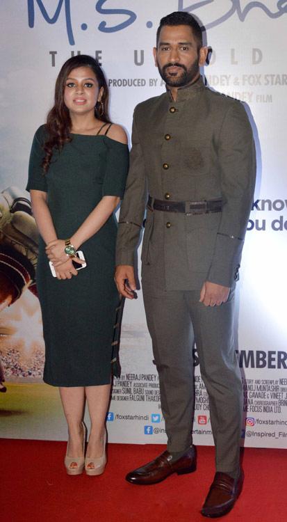 Sakshi Rawat in slim fit green dress in MS Dhoni Promotion
