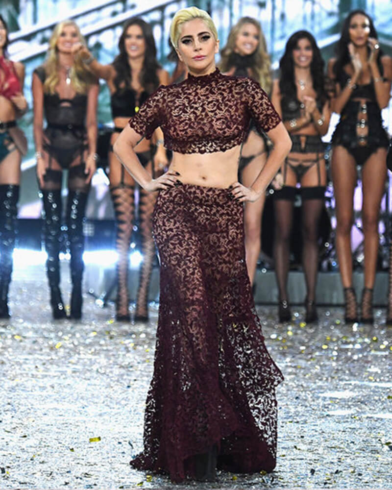 the-showstopper-lace-crop-top-with-pants-1