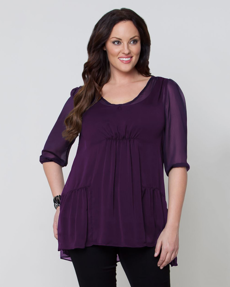 Our plus size tunics come in a variety of styles from chambray to sweater fabrics to your classic day blouse with unique accents. Find a bright hue to pair with our best-selling Kady pants or opt for classic black over dark wash jeans and a great pair of boots.
