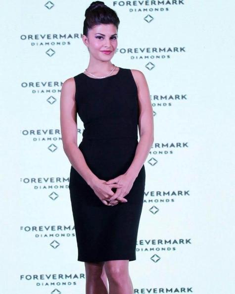 Jacqueline Fernandez Gloom mini dress