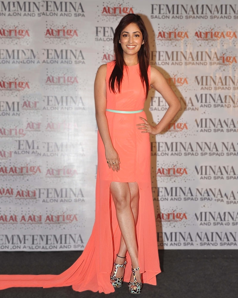 Yami Gautam Asymmetrical Dress