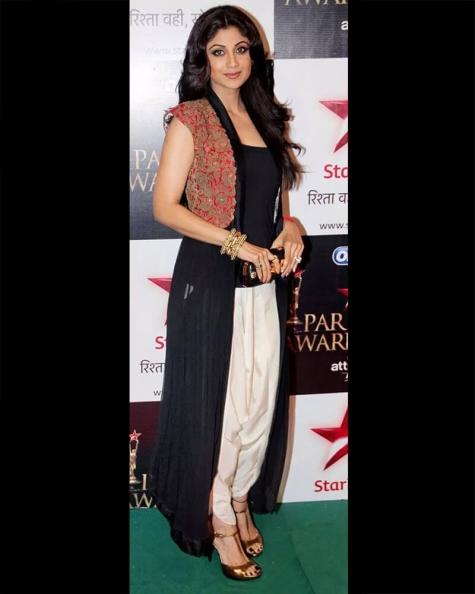 Shilpa Shetty Embellished Long Jacket and Dhoti Pant