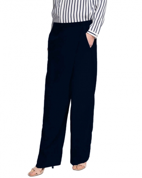 Diagonally concealed front pants